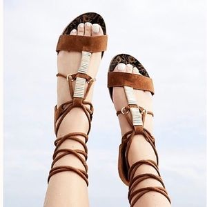 Free People Fiji Wrap Taupe Suede Sandal Size 9